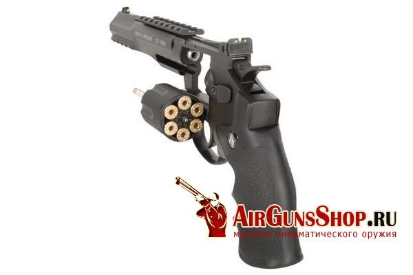 Smith & Wesson 327 TRR8